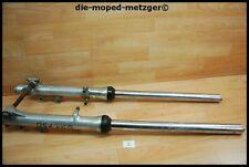Suzuki GSX750 E L GS75X Gabel Gabelholme links / rechts front fork LH RH xg212