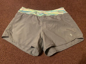 Juniors Gray Athletic Nylon Gym Shorts Size Small GUC