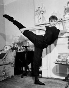 Audrey Hepburn A4 Photo 18
