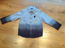 Boys Long Sleeved Grey/White Striped Shirt with 2 Pockets on the Front 5-6 Years