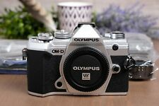 Olympus OM-D E-M5 Mark III 20.4MP Mirrorless Camera Silver w/Strap/Flash/Charger