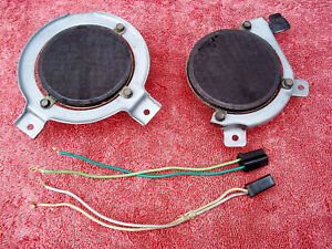 73-87 Chevy GMC pickup truck front dash speakers w/ brackets - Tested