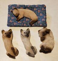 4 Vintage Sandicast Sleeping Cat Figurines With Bed Signed Sandra Brue Gray Tan