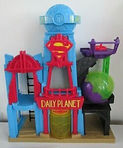 Imaginext Daily Planet Play Set Superman Building Mattel DTP30 DC 2015