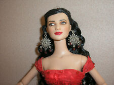 Tonner - Dressed In Red -