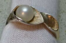 Contemporary Silver Ring Featuring Calla Lily Design & Cultured Pearl Size O-1/2