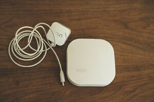 1x EERO Pro1st Generation Mesh WiFi Router or Extender White A010001