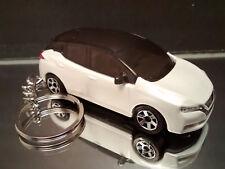 White 2018 Nissan LEAF Electric Car Key Chain