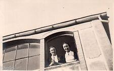 BL750 Carte Photo vintage card RPPC Femme à la fenêtre à Tamaris fun funny