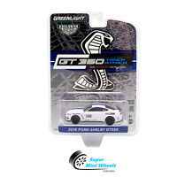 Greenlight 2016 Ford Mustang Shelby GT350 (White) Performance Racing 1:64