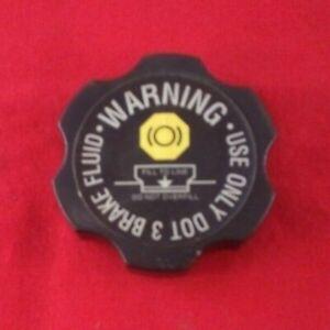 GM BRAKE FLUID MASTER CYLINDER CAP RESERVOIR CHEVROLET GMC PONTIAC 22688449 OEM