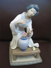 Lladro Oriental Girl No.4840 Figurine Figure Sold AS-IS