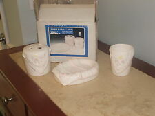 new in box vintage napkin floral house of lloyds 3 pc. bath vanity set