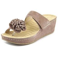 Sandali e scarpe con zeppa in camoscio marrone per il mare da donna