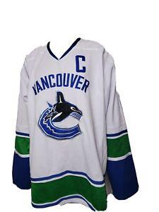 Vancouver Canucks Roberto Luongo Stitched Hockey Jersey Reebok NHL CCM 54