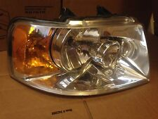 Headlight Assembly RH Passenger 03-06 Ford Expedition