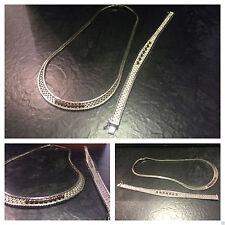 Echte Edelstein-Halsketten & -Anhänger im Collier-Stil mit Rubin und Besondere Anlässe