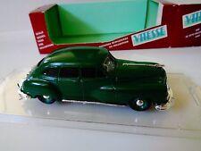 AUTO VITESSE DIE CAST DE SOTO DELUXE SEDAN 1947 VERDE SCURO ART 420