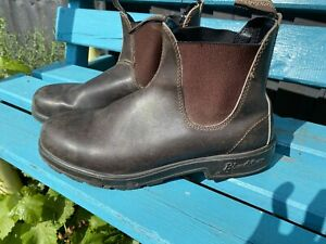 Mens Blundstone 500 boots Size 9