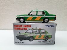 Tomica Limited Vintage Neo - LV-N218a Toyota Crown Comfort Taxi
