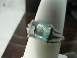 Sterling Silver Ring with Aquamarine Solitaire Gemstone RSD3