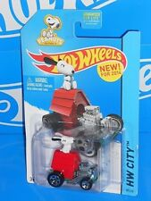 Hot Wheels New For 2014 HW City Tooned II #88 Snoopy Doghouse Red w/ 5SPs
