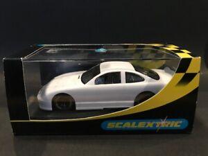 Scalextric C2327 NASCAR Pontiac Plain White 1:32 Scale Slot Car w/box