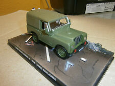 LAND ROVER SERIES III THE LIVING DAYLIGHTS JAMES BOND 007 DeAGOSTINI IXO 1:43