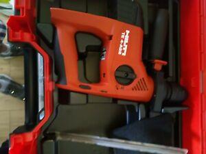 Hilti TE4-A22 cordless rotary hammer