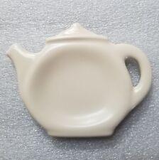 Pfaltzgraff  Color Medley Buff Matte Tea Bag Holder
