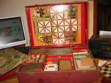 Très ancienne boite de jeux divers ( Jonchet,Puce,Loto,etc... (début 1900)