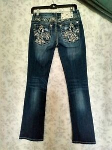 Miss Me Blue Jeans 26 Slim Boot Cut Low Rise Skinny Fit Distressed Bold Stitch