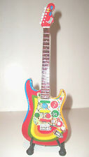 Guitare miniature Stratocaster Rocky Georges Harrison Beatles