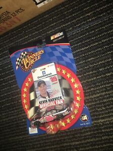 #29 KEVIN HARVICK GOODWRENCH OFFICIAL FAN SERIES 2002 CHEVY WINNERS CIRCLE 1/64