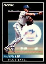 1992 PINNACLE BASEBALL CARD OF MANUEL LEE OF THE BLUE JAYS- CARD  #245