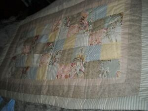 SET PAIR KING FLORAL PRINT QUILTED PATCHWORK SHAMS, COTTAGE, COUNTRY, SHABBY
