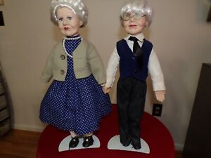 "UNIQUE DOLLS 17"" GRANDMOTHER & GRANDFATHER"
