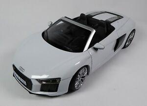 Audi R8 Spyder V10 Suzuka Grey 1:18 iScale Voiture Dealer Pack Model Car 18551