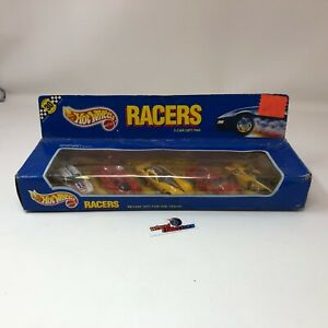 #4602  Racers 5 Car Gift Pak * Hot Wheels Speed Points w/ Ferrari * JC17