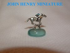 NEW JOHN HENRY MINIATURE FIGURINE HAND PAINTED HORSE RACING JOCKEY SILKS
