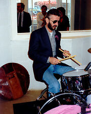 RINGO STARR PLAYS DRUMS @ SUN STUDIO IN MEMPHIS, TENNESSEE - 8X10 PHOTO (ZZ-040)