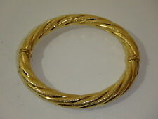 ARTE D'ORO 18K YELLOW GOLD TWISTED OVAL HINGED BANGLE BRACELET NEW