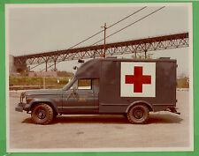 VTG 1976 Jeep J-200 J-20 US Air Force Ambulance File Photo 8x10 Driver Side 5121