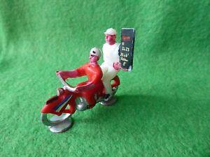 COUREUR CYCLISTE DU TOUR DE FRANCE -  MOTO + ARDOISIER PLASTIQUE 1960 - TBE
