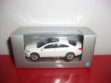 (23.3.15.1) VW Volkswagen passat blanc voiture 3 inch inches Norev