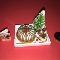 **RARE** MINI CHRISTMAS TRAY +CAKE +TREE + CUPCAKES for BARBIE CHRISTMAS PARTY