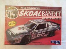 MPC 1-1304 Skoal Bandit Phil Parsons' 1985 Monte Carlo 1/25 Plastic Model SEALED