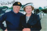 PATRICIA ROUTLEDGE HAND SIGNED 6X4 PHOTO KEEPING UP APPEARANCES 2.