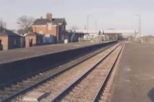 PHOTO  BARNETBY RAILWAY STATION 2000 V2