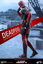 Hot Toys 1/6 Deadpool Figure MMS347 Marvel Ryan Reynolds
